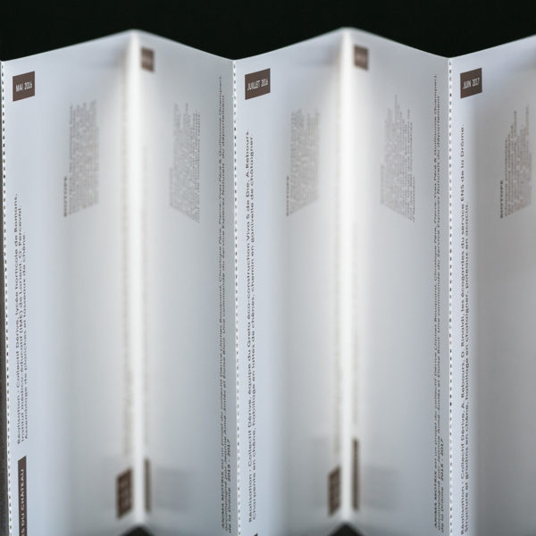 Accordeon-papier-depliant-grand-format