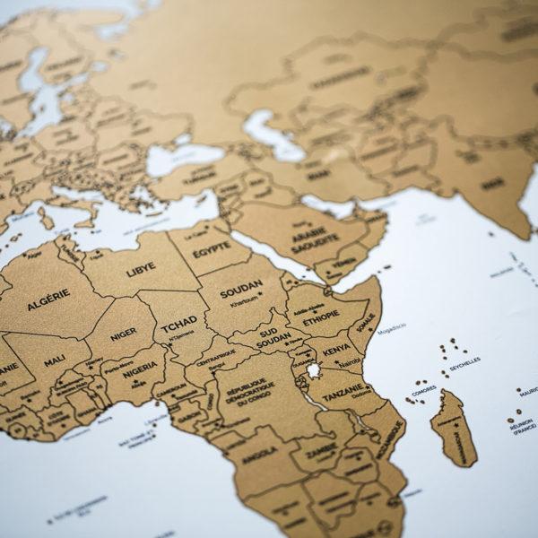 Carte-du-monde-a-gratter-grand-format
