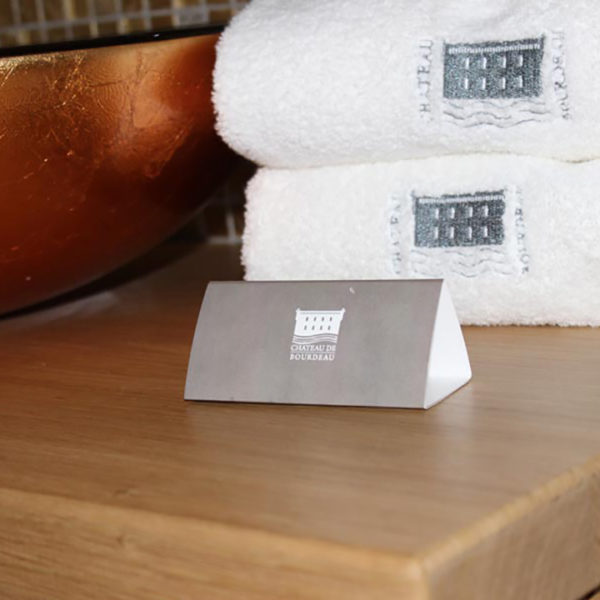 Chevalet-ecologie-salle-de-bain-hotel