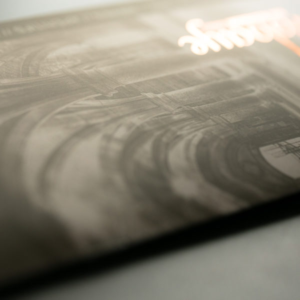Pelliculage-soft-touch-marquage-brochure-luxe