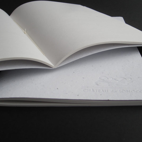 brochure-luxe-ecologique-compostable-recyclable