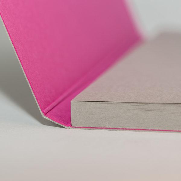 bloc-papier-colle-sur-couverture