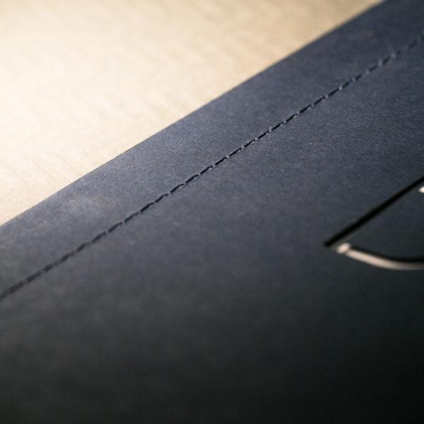 brochure-couture-decoupe-laser