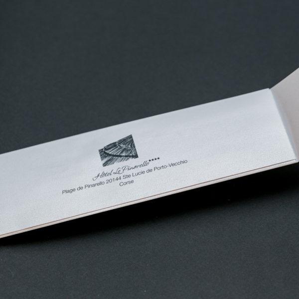 enveloppe-imprime-faconnage-sur-mesure