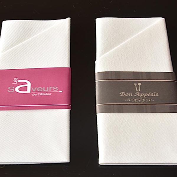 pochette-baguee-serviette-pliee-pochette-airlaid-rond-de-serviette-imprime