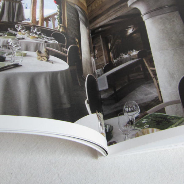 13-dos-carre-colle-pur-pelliculage-textile-mat-brochure