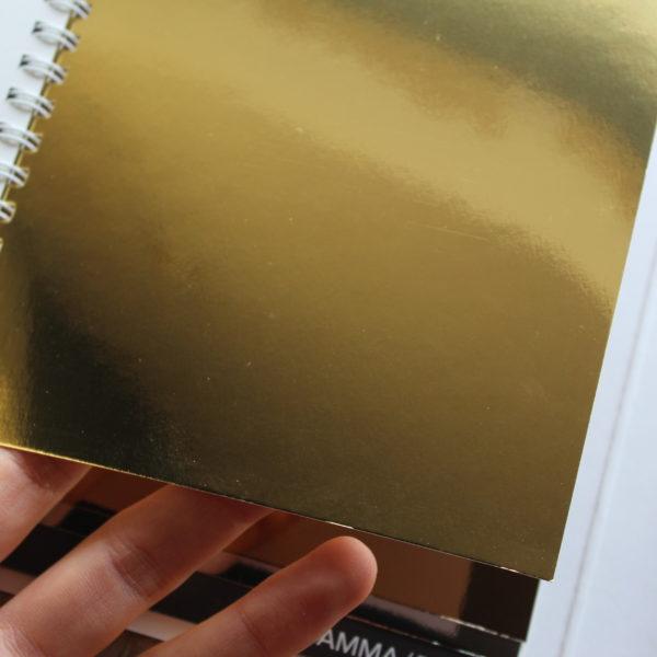 papier brillant or